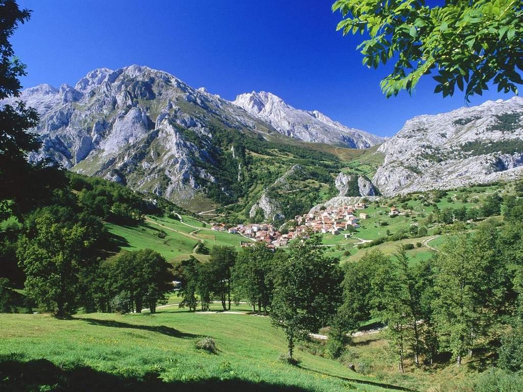 picos-de-europa-national-park-asturias-spain